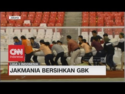 Jakmania Bersihkan GBK | Liga 1 Indonesia