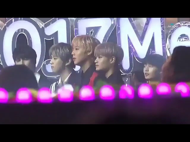 171202 Wanna One reaction when EXO won Artist Of The Year @ Melon Music Awards 2017