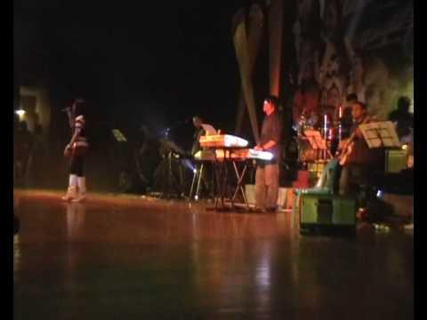 Ivye Alexandra - Hiti Oku Poingandad (live, 13 Mar 2009)