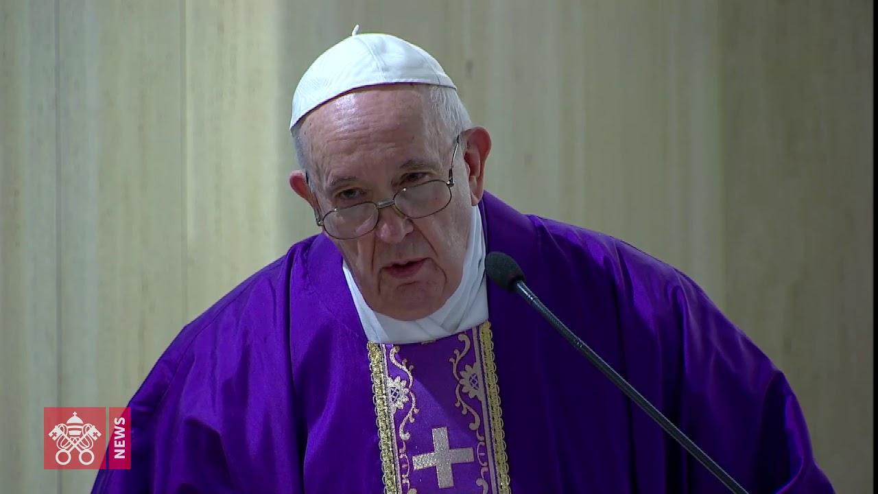 Papa: rezar pelas autoridades e não ser indiferente