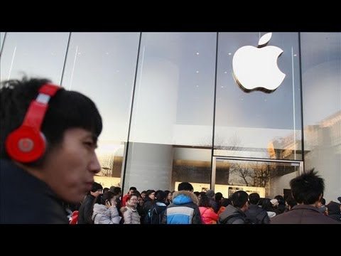 Apple Hires New Head of Retail Stores