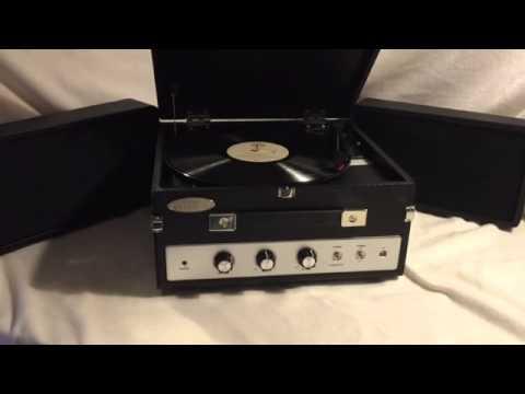 PLTTB8UI Classical Vinyl Turntable Record Player