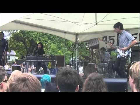 Kody & Bic (with Michael Logie)  - Change (Live at Summer Series 2011)