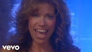 Watch Carly Simon Give Me All Night video