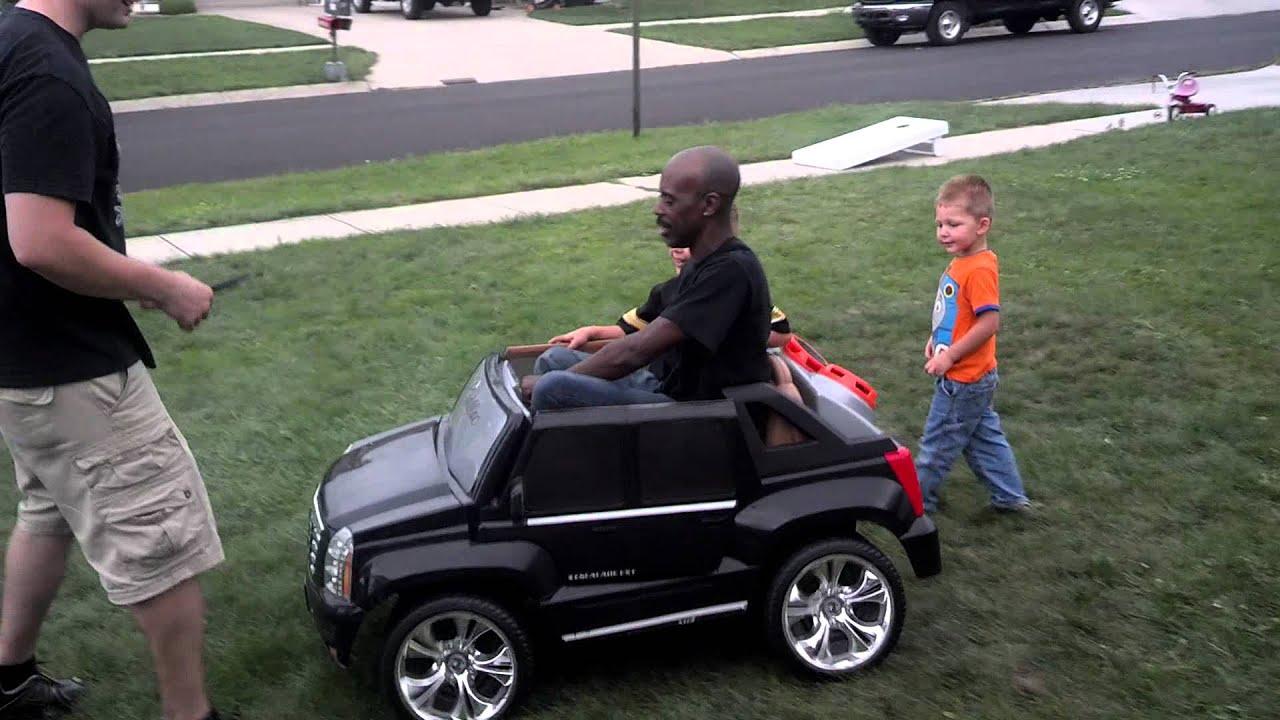 J B On The Cadillac Escalade Ext Power Wheel Lol Youtube