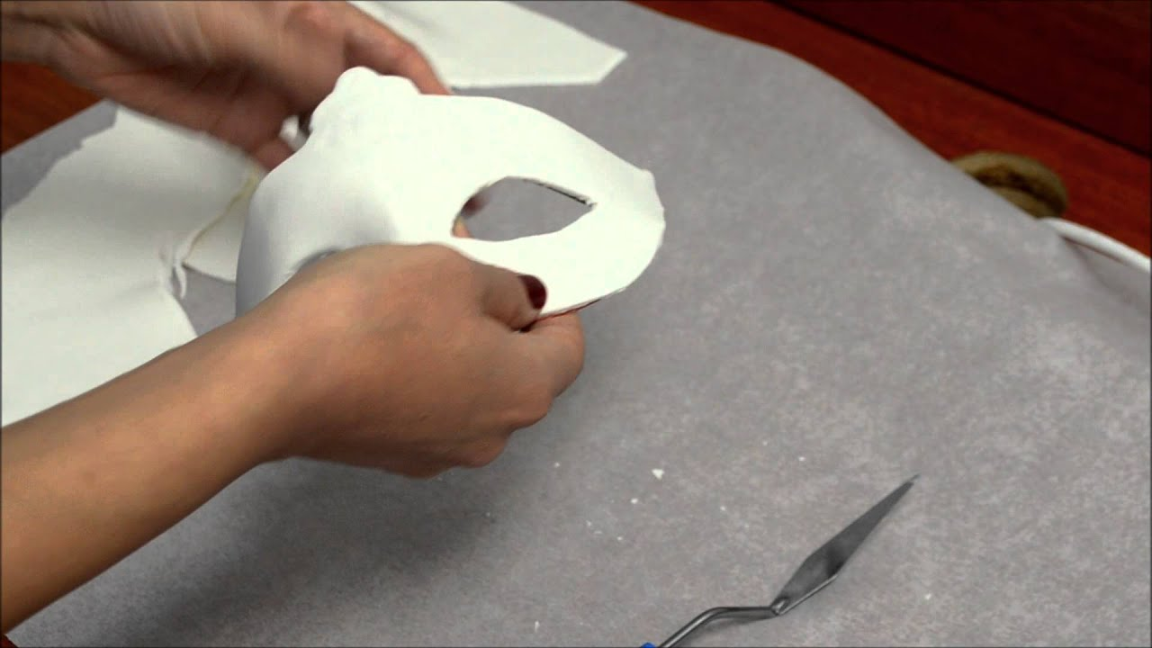How to make fondant feathers youtube - How To Make Fondant Feathers Youtube 1