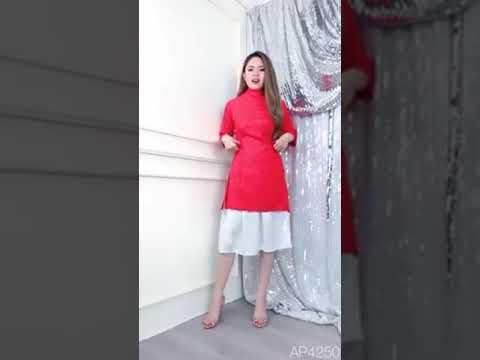 Set áo dài cách tân và chân váy xòe