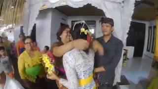 """Tradisi Bali """" Menek Kelih Dinda Novita """""""