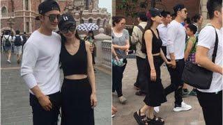 Video Angela Baby và Huỳnh Hiểu Minh tay trong tay đi công viên Disneyland(tin tuc sao viet) download MP3, 3GP, MP4, WEBM, AVI, FLV Desember 2017