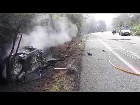 Resulta herido tras salirse de la vía e incendiarse su coche en Outeiro de Rei