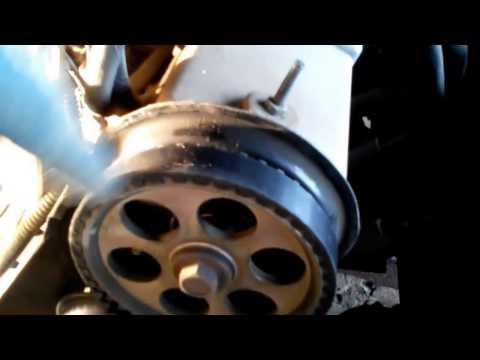 замена ремня грм ваз 2115. 2114. 2113 на 8 клапанном моторе и натяжного ролика