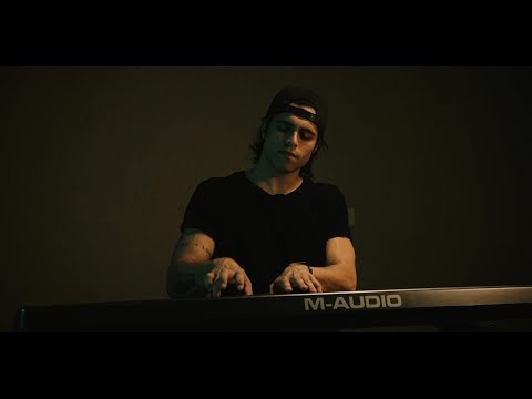 Sam Hunt - I Met A Girl (Official Acoustic Music Video by Tay Watts) On Spotify & iTunes