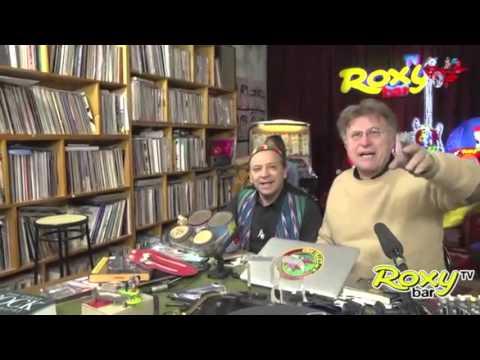 VIDEO INTEGRALE - ROXYBAR TV - ALESSIO CREATURA DUETTA CON IL GRANDE PERCUSSAUTORE TONY CERCOLA