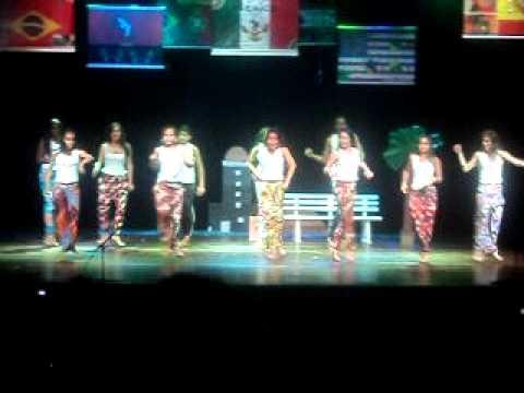 Mostra Cultural CBB 2011 - País: Angola (Danza Kuduro)