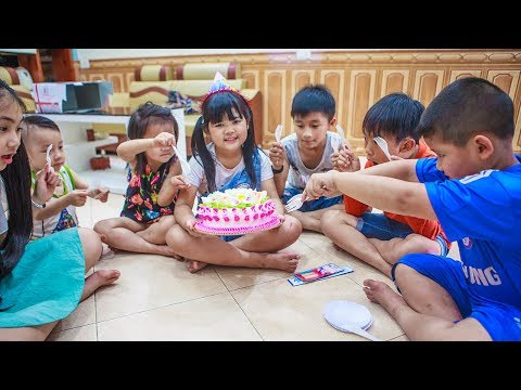 Kids Go To School | Day Birthday Of Chuns Children Making Birthday Cake Fun Class