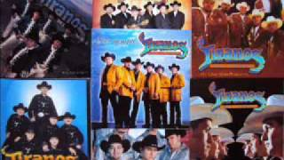 Watch Los Tiranos Del Norte Lamberto Quintero video