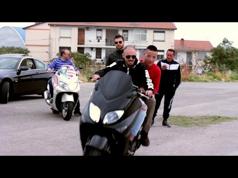 Download Youtube: Mario Lazzaro Ft. Davide Arezzi - So tutt frat ( Ufficiale2017 )