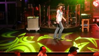CHA CHA MCCOY Line Dance (Démo) - Séverine Moulin Billy Bob's