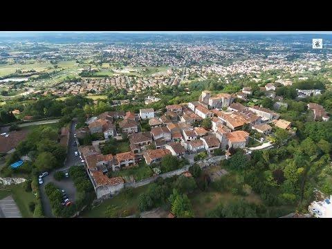 Pujols (Lot-et-Garonne, France) par drone BEBOP  2 PARROT