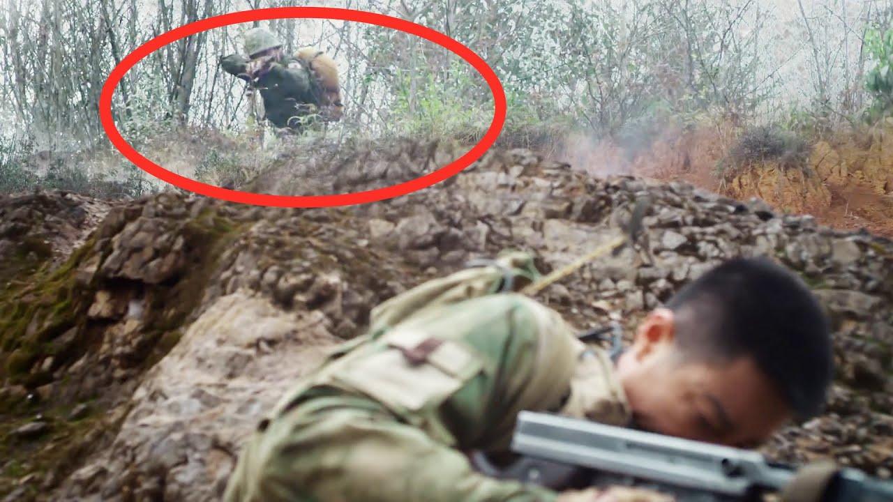 日軍用地雷封鎖村莊,特種兵冒險打水引對方出擊,暗中掩護戰友排光了地雷! 【抗日】