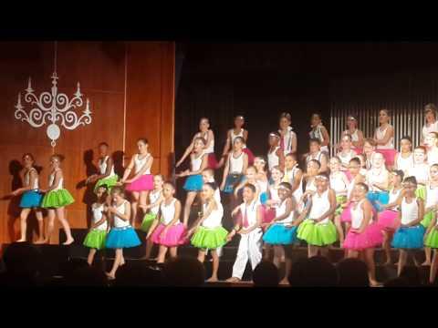 Knysna Primary Revue 2013 Junior kids