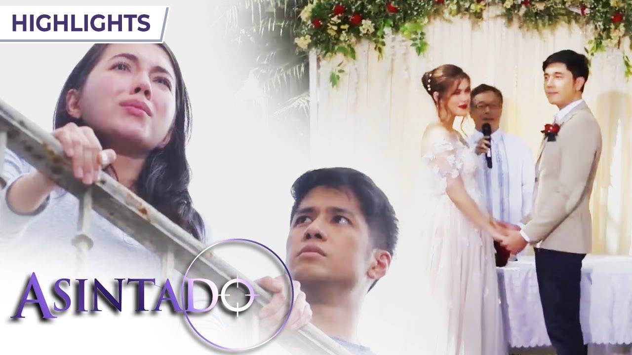 Download Ana cries at Gael's wedding | Asintado