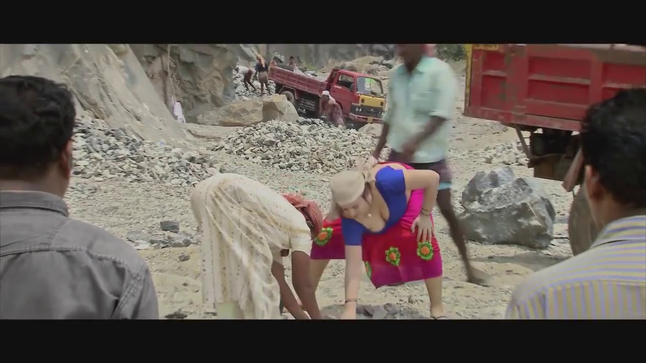 Download Sona aunty jucy cleavage