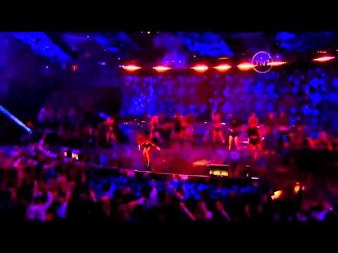 Rihanna ft Drake - What's my name & Kanye West - All of the lights LIVE HD
