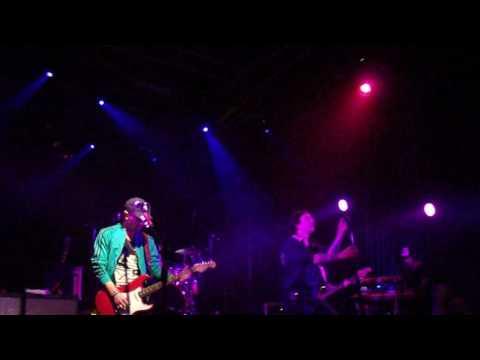Viajes memorables - Pier en Montevideo Music Box 13/05/17
