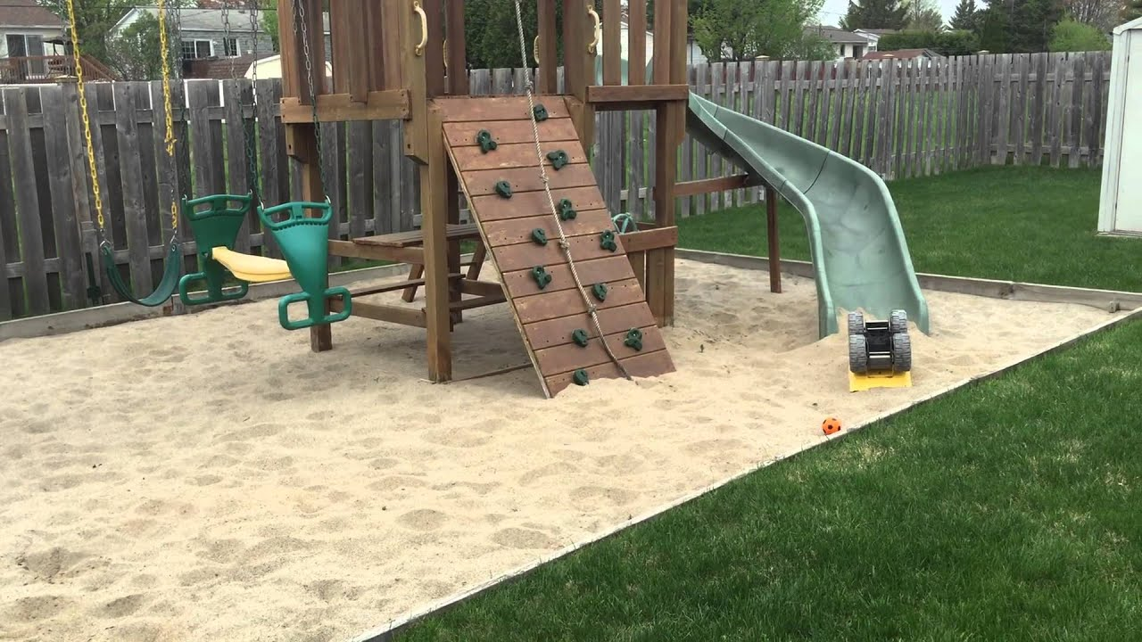Super carr de sable avec jeu ext rieur costco pour for Balancoire exterieur costco
