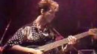 """Grammy Winner for """"Best Rock Vocal"""" Donna Summer sings in MI tour"""