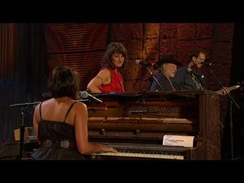 Norah Jones & Willie Nelson - Lonestar (Live at Farm Aid 25)
