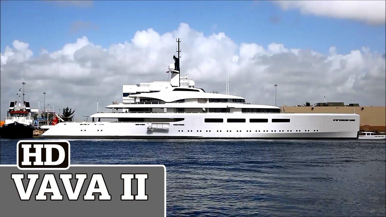 Ernesto Bertarelli Yacht