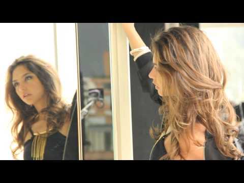 Juana Arias fotografiada para la portada del 9 aniversario de la revista TRENDY.