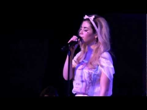 Marina And The Diamonds - Fear And Loathing (Live at The Junction, Cambridge) 24/02/12