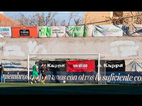 Cipolletti 5 - 1 25 de Mayo (La Pampa): gol de Hugo Prieto