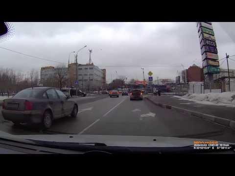 Оцените поступок водителя Subaru