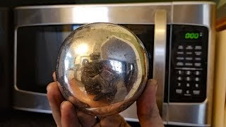 connectYoutube - Making a Polished Aluminum Foil Ball in a Microwave. Microwaving aluminium.