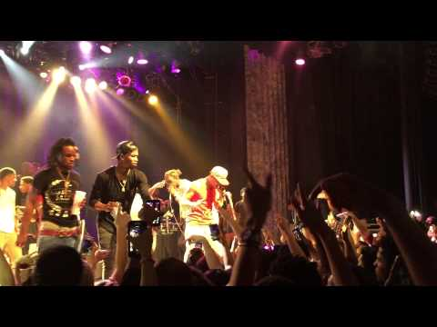 T.I. ft. Young Thug -About the Money (Live in Atlanta)