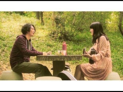 ある森で奇妙な女性と出会った若い哲学者は…!映画『森のカフェ』予告編