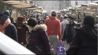 Coronavirus : les marchés restent ouverts et très fréquentés (20 mars 2020, Paris) [4K]