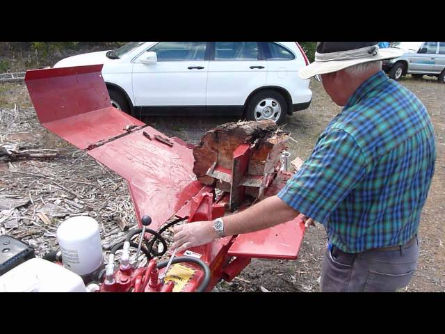 Canadian Split-Fire Log Splitter Demonstration
