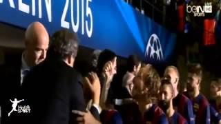 مراسم تتويج برشلونة بطل دوري ابطال اوروبا 2015 HD   Resolution360P MP4