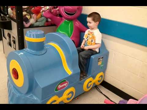 coin train ride at toys r us - YouTube