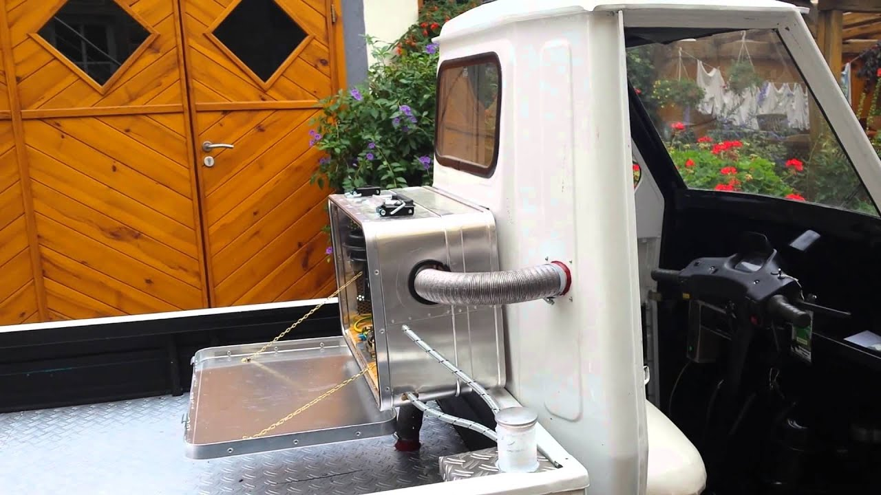 piaggio ape 50 mit sirokko standheizung youtube. Black Bedroom Furniture Sets. Home Design Ideas