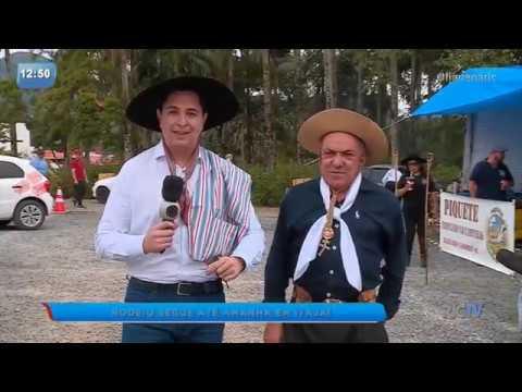 Rodeio acontece no Campo do Agricultor em Itajaí