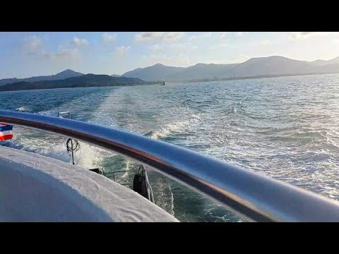 Travelling from Thailand to Malaysia in 60 seconds