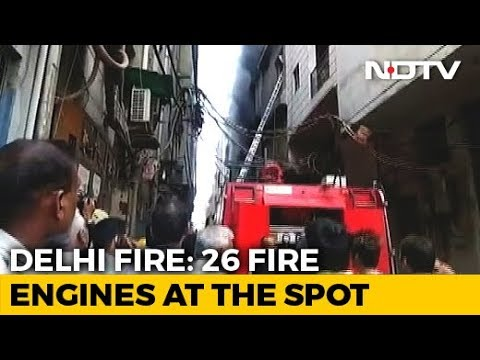 Heavy fire in Noida's Spice Mall, many fire brigade vehicles