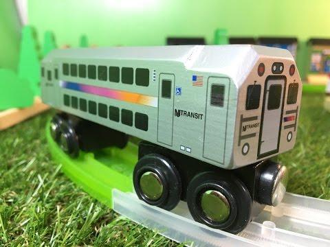 nj-transit-multi-level-commuter-munipals-wooden-trains-in-motion-02632