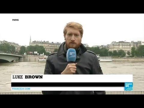 France floods: river Seine keeps rising in Paris, Louvre museum shut